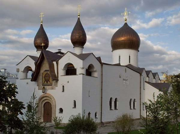 Church of the Protection of the Holy Virgin, Moscow