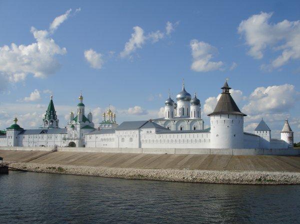 Makaryev Convent