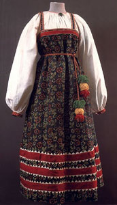 sarafan, traditional Russian dress